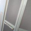 白い!新しい浴室ドア